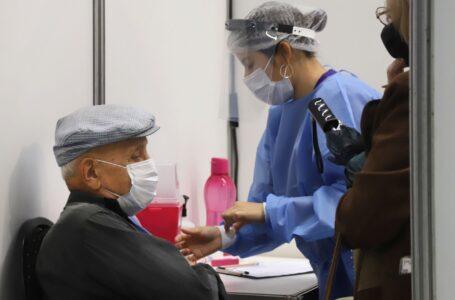 El 74 por ciento de los vacunados recibió la primera dosis contra el coronavirus