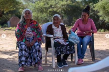 Doña Santa, la anciana qom de 103 años que impresionó al gobernador y recibió una casa